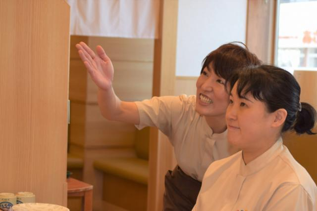 回転寿しトリトン 栄町店の画像・写真